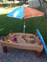 Step 2 Water/Sand Table in Glendale Heights, Illinois