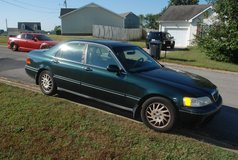 98 Acura RL in Fort Campbell, Kentucky