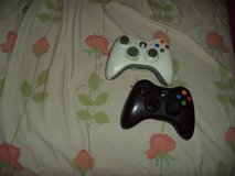 2 xbox 360 controllers in Fort Knox, Kentucky
