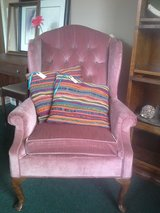 PINK WINGBACK CHAIRS in Alamogordo, New Mexico