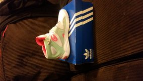 Woman adidas size 6.5 in Lake of the Ozarks, Missouri