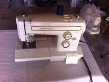 Sewing Machines for sale in 29 Palms, California