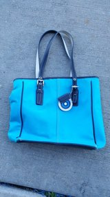 Coach purse/small tote in Oswego, Illinois