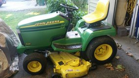 John Deere 345 LAWN TRACTOR only 880Hrs! in Aurora, Illinois