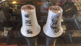 25th Anniversary Salt and Pepper Shakers in 29 Palms, California
