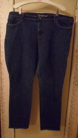 size 18 regular Old navy jeans in Fort Campbell, Kentucky