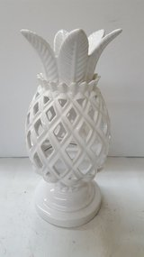 Ceramic Pineapple Luminary Candle Holder Pedestal Signed Bath & Body SLATKIN in Kingwood, Texas