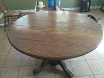 Antique Oak Pedestal Dining table in Macon, Georgia