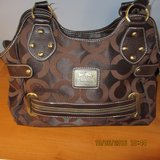 Authentic Coach Purse - Excellent Condition in Chicago, Illinois