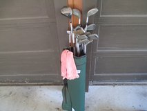 Youth Golf Clubs w/ bag in Bartlett, Illinois