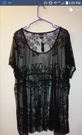 TORRID PLUS TOP SIZE 4 NEW WITH TAG in Fort Leavenworth, Kansas