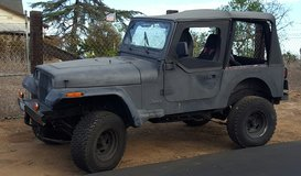 1994 Jeep Wrangler YJ 4x4 in Camp Pendleton, California