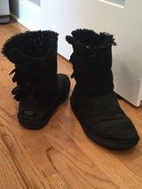 Womens Bailey Bow black Uggs-size 8 women's in Naperville, Illinois