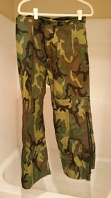 Gore-text pants size small long woodland in Fort Lewis, Washington