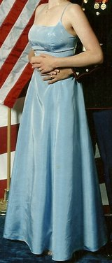 Size Small 4/5 Blue Formal Ball Gown in Camp Pendleton, California