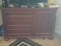 Dresser in Vista, California