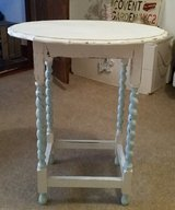 SHABY CHIC SIDE TABLE in Lakenheath, UK