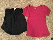 Old Navy Maternity Tops, size Medium in Chicago, Illinois