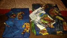 Teenage Mutant Ninja Turtle Bedroom set New Condition in Naperville, Illinois
