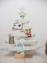 Distressed Pallet Christmas Card Stand in Columbus, Ohio