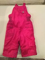 Old Navy snow pants..size 6-12 months in Aurora, Illinois