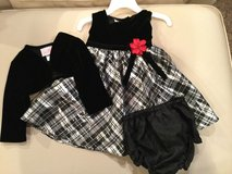 Le Princess 3 piece dress set...size 12M in Shorewood, Illinois