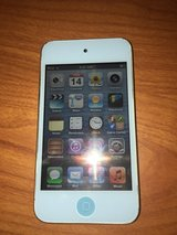 Ipod Touch 4th Generation 16Gb in Fort Leonard Wood, Missouri