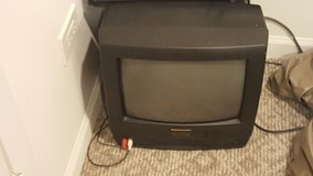 Small T.V in Glendale Heights, Illinois