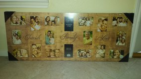 EIGHTEEN 4 in. x 6 in. PHOTO COLLAGE FRAME  47.5 in (L) x 19 in. (W) in Katy, Texas