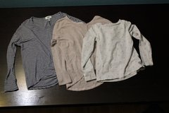 Long sleeve Tops in Travis AFB, California