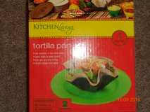 NIB 4 PACK TORTILLA PAN SET in Lockport, Illinois