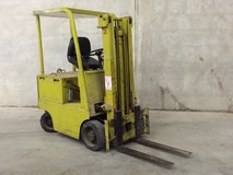 Mitsubishi Fork Lift - Battery Power in Chicago, Illinois