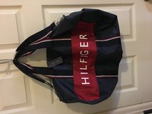 Tommy Hilfiger Duffle Bag Navy/Red in Little Rock, Arkansas