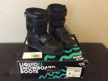 Kids snowboard boots in Fort Carson, Colorado