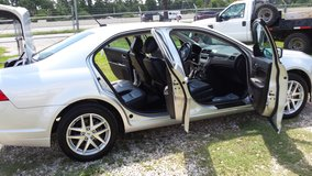 2012 ford fusion loaded all leather in Kingwood, Texas