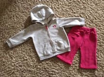 Girls 9 month-2 piece outfit/sweatsuit-Jumping Beans-EUC in Bolingbrook, Illinois