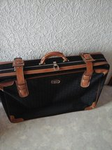 Suitcase Set in Baumholder, GE