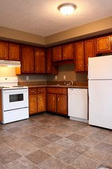 QUAINT 2 Bed 1.5 Bath Townhouse!!! in Fort Campbell, Kentucky