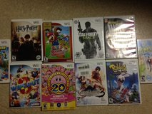 10 Wii Games (Mario Super Sluggers, Call of Duty 3, Harry Potter, Kirby's 20th) in Okinawa, Japan