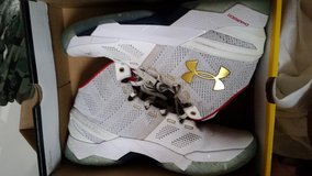Size 8.5 mens Currys in Watertown, New York