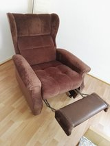 relaxing tv chair manuell in Spangdahlem, Germany