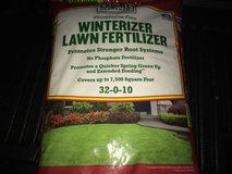 Winterizer fertilizer new!!! in Elgin, Illinois