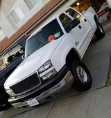 2005 chevy silverado 2500hd in Fort Bliss, Texas