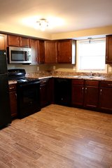 STUNNING 3 Bed 1 Bath Apartment!!! in Fort Campbell, Kentucky