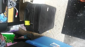 Tripped,Carry on luggage( mint condition) in Lawton, Oklahoma