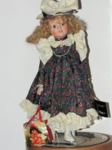 The Christmas Shopper by House of Lloyd porc. doll in Ramstein, Germany