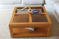 Oak coffee table set - 3 pieces in Temecula, California