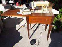**Vintage** Sears Kenmore Sewing Machine/Table Model 1318 in Camp Lejeune, North Carolina