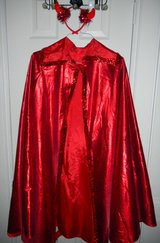 Adult Red Shimmery Devil Halloween Costume Cloak Long Cape Sequin One Size Plus For Renaissance Too in Kingwood, Texas