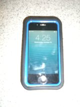 Iphone 4 Screen Protector and Case 8 GB in Yorkville, Illinois